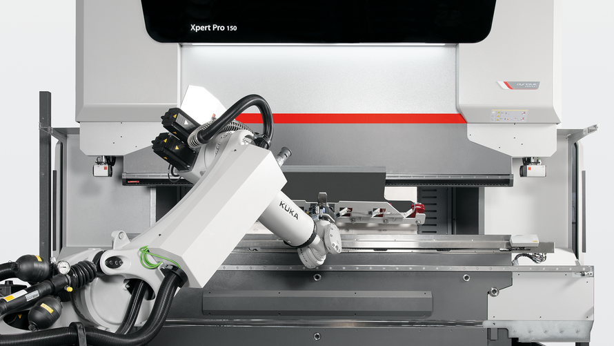 Agile and autonomous: The 7-axis robot can handle lifting capacities up to 270 kilograms and autonomously changes grippers and bending tools.